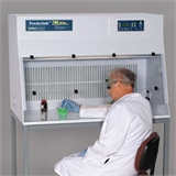 AirClean® Systems PowderSafe™ B 型保护罩天平台